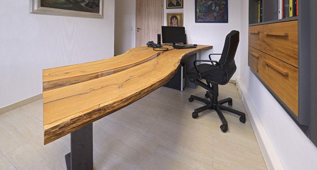 Schreibtisch holz natur  Esstisch und Couchtisch aus Spessartholz