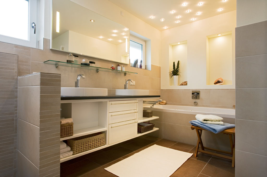 badezimmer sanieren eichenhaus schreinerei architekturb ro. Black Bedroom Furniture Sets. Home Design Ideas