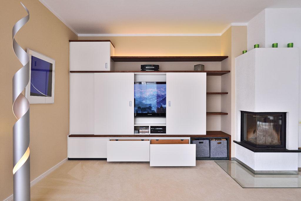 Fernsehschrank schiebetür  TV Möbel & Fernsehschrank von der Schreinerei im Eichenhaus
