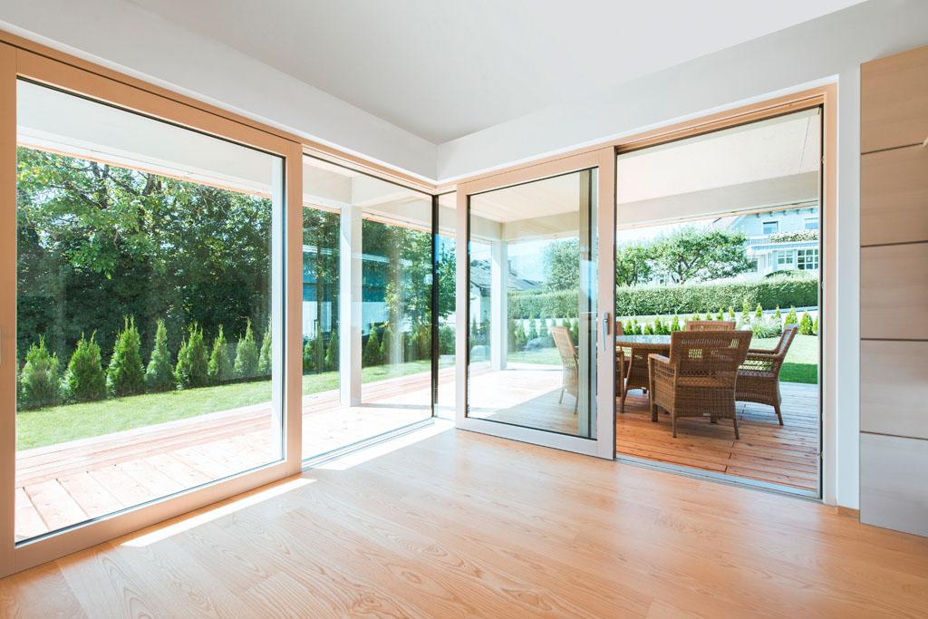 Fenster innen modern  Haustür & Fenster - Fachmann für Sanierung und Neubau