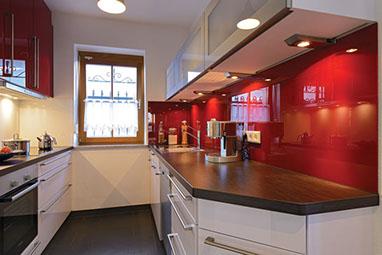 Fantastisch Günstige Kleine Küchen Zeitgenössisch - Wohnzimmer ...